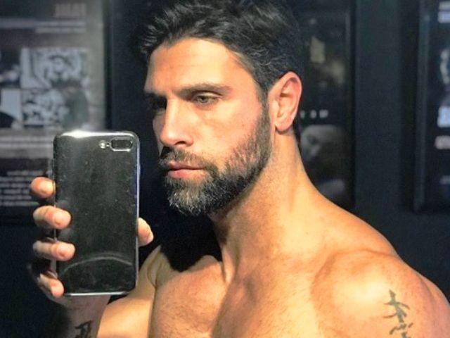 Un selfie di Giles Rocca