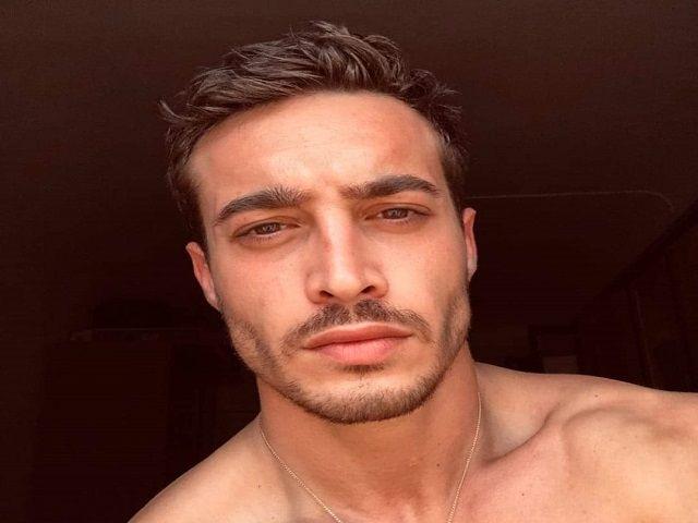 Antonio Spinalbese barba lineamenti occhi