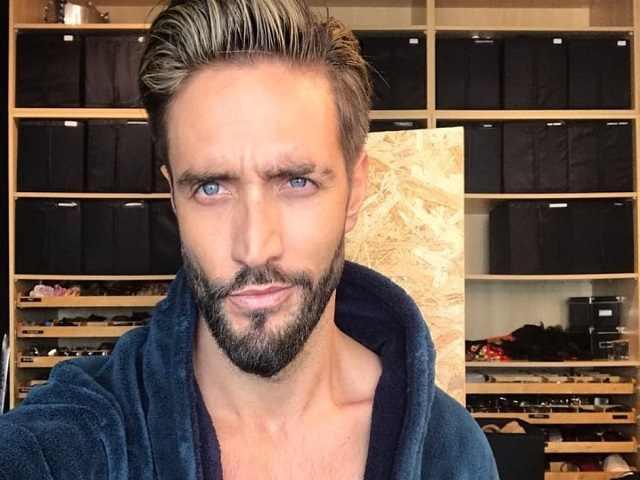 Alex Belli barba e capelli